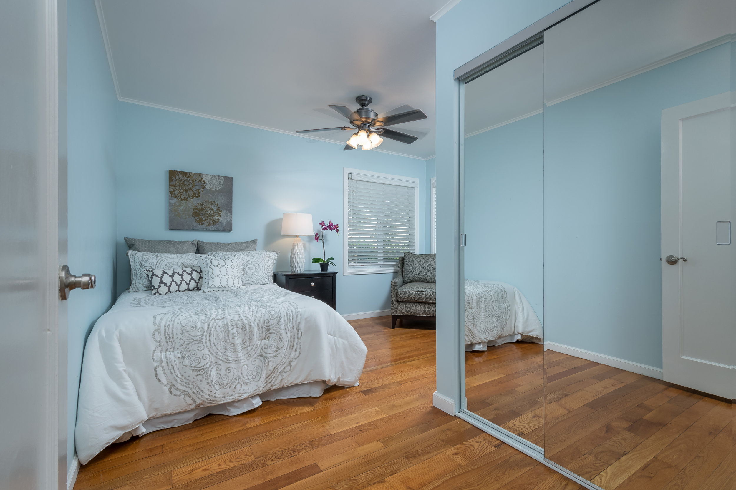 1733_alameda_de_las_pulgas_MLS_HID1119090_ROOMbedroom.jpg