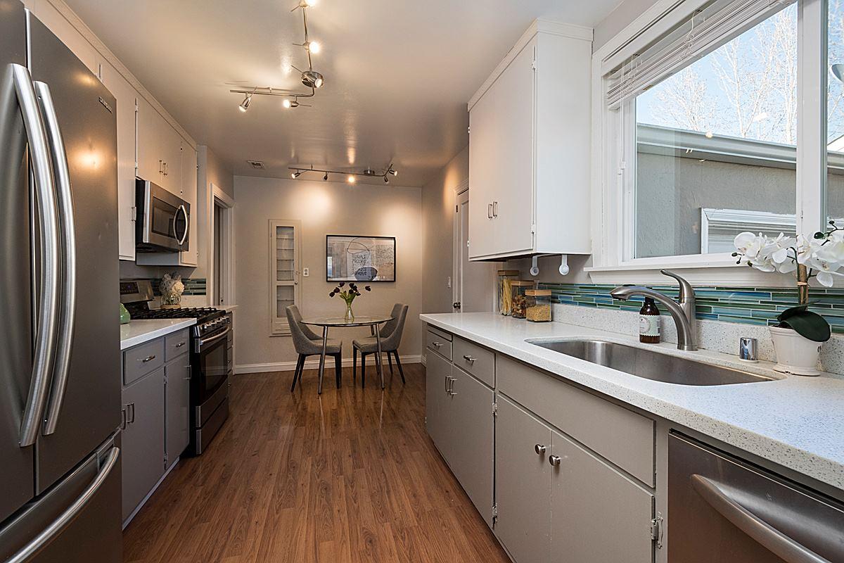 kitchen_1200.jpg