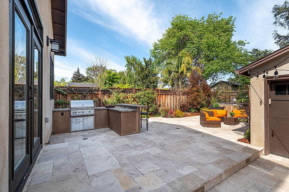 backyard4_1200.jpg