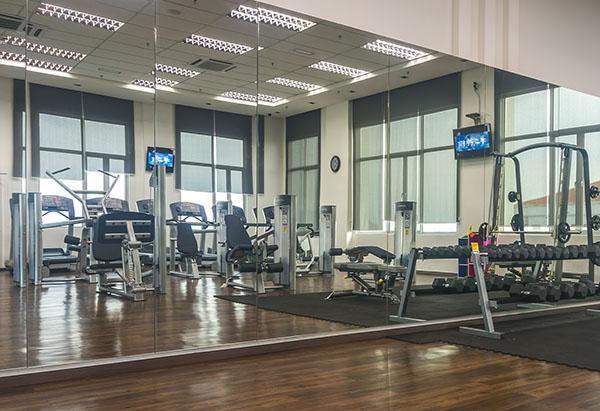 custom-gym-mirrors-northern-va