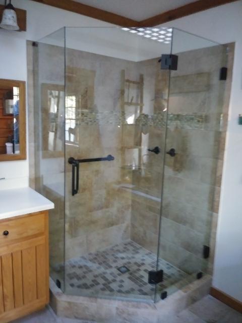 Shower_Doors_Prestige_Glass_8.jpg