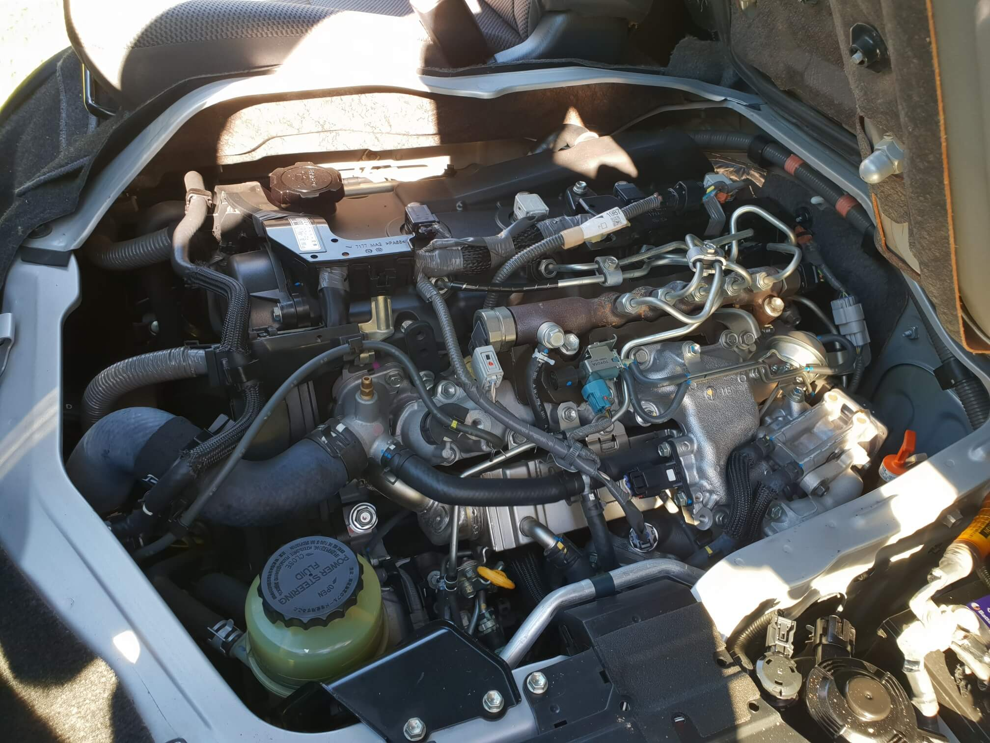 hiace-engine.jpg