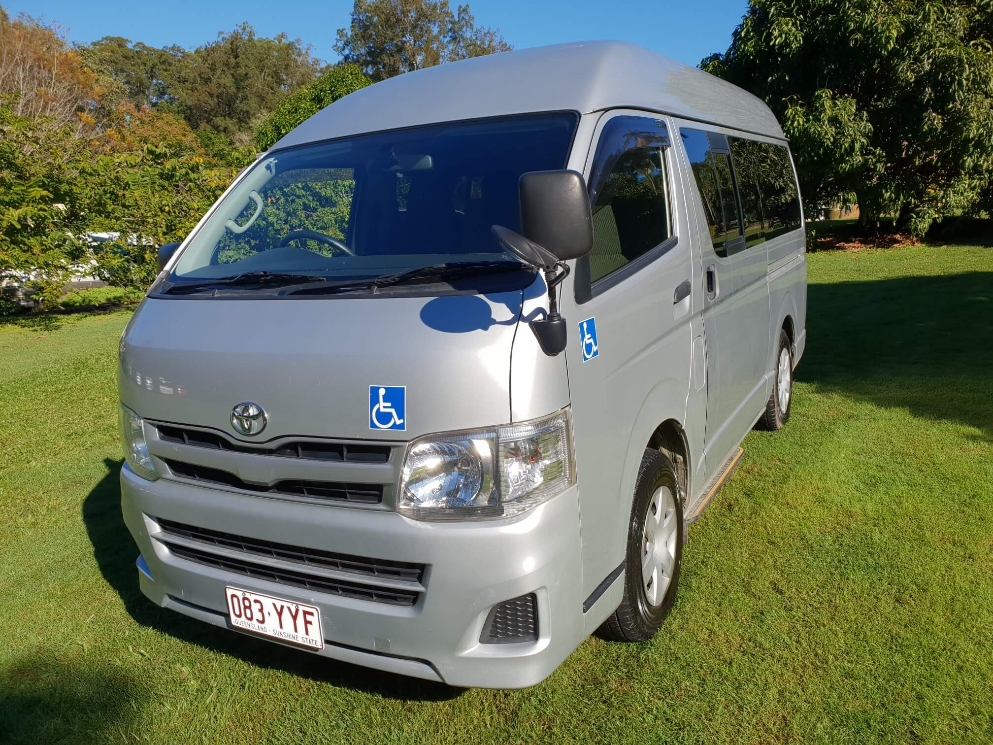hiace-front-disability.jpg