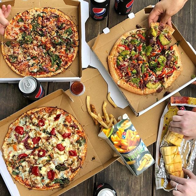 Whether you're Vegan, Vegetarian, Flexitarian or just looking to pack more veggies into your slice, DOMINOS #DalyellupSC has you covered! 🍕🥦🍅🥑 Chose from a great range of pizzas including; - Spicy Veg Trio - Summer BBQ - Margarita - Avo Veg - Simply Cheese