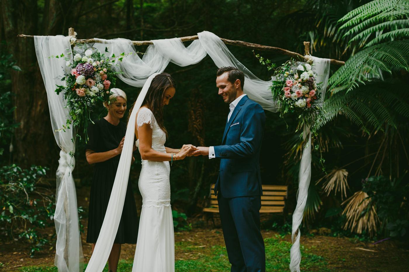 037z_auckland_leigh_wedding_photos.jpg