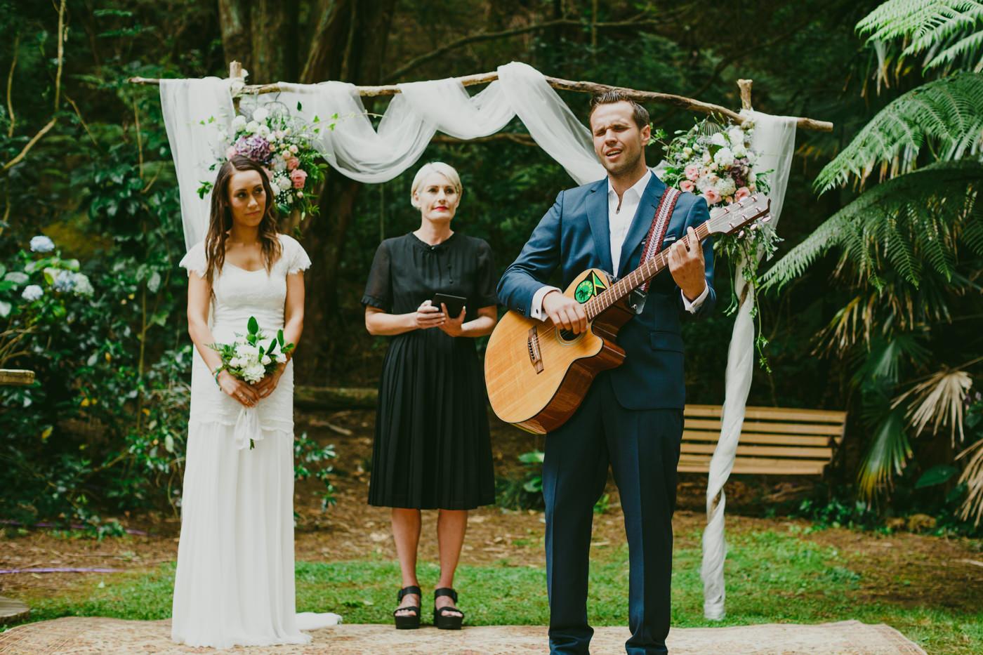 040az_auckland_leigh_wedding_photos.jpg