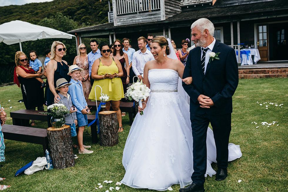 great_barrier_island_wedding_photos1100.jpg