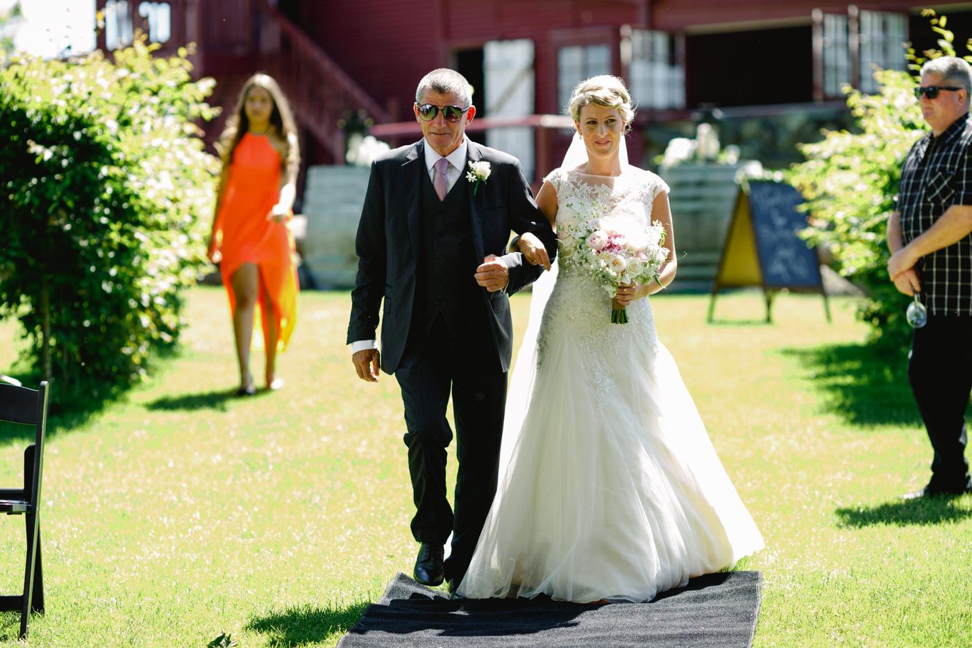 red_barn_wedding_photos-1069.jpg