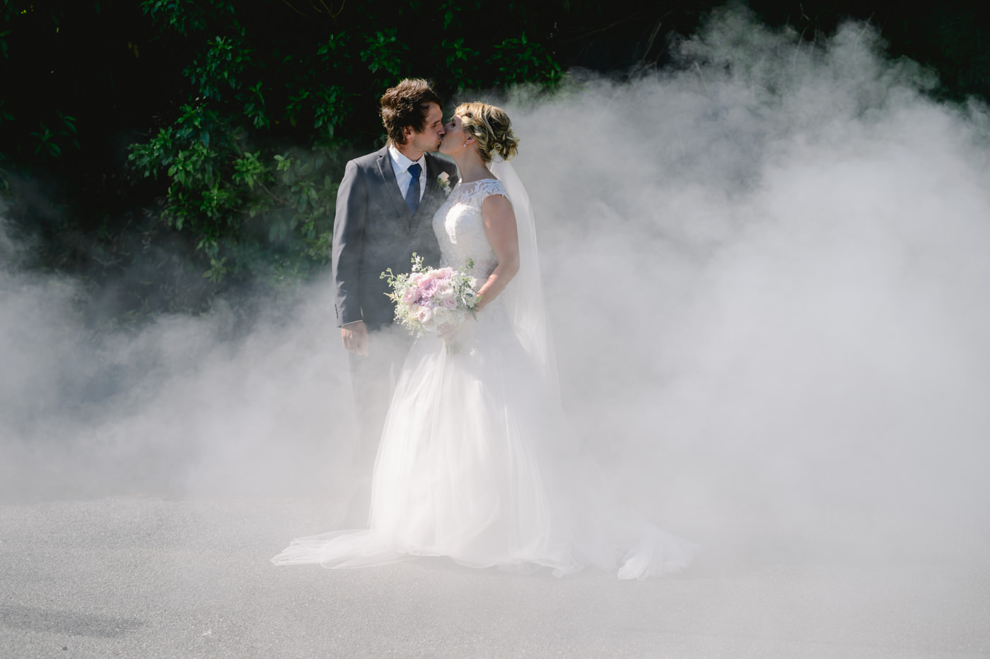 red_barn_wedding_photos-1093.jpg