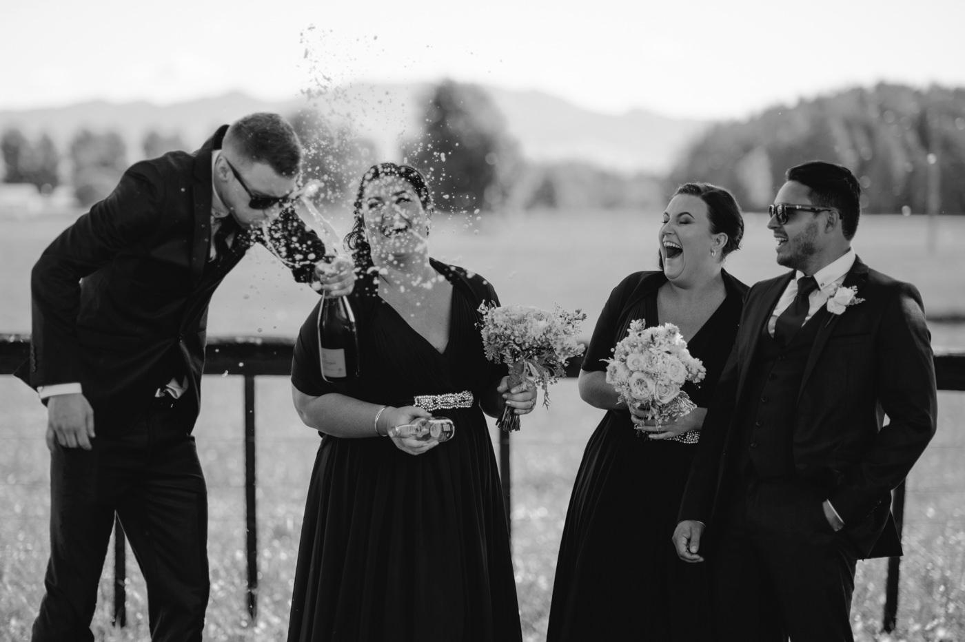 red_barn_wedding_photos-1102.jpg