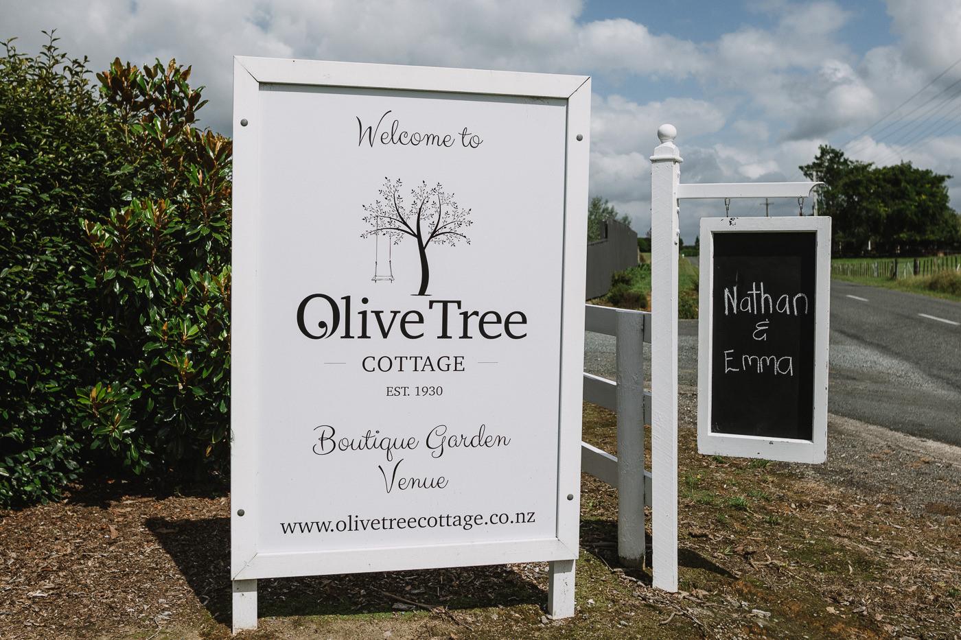 olive_tree_cottage_wedding_tauranga-1029.jpg