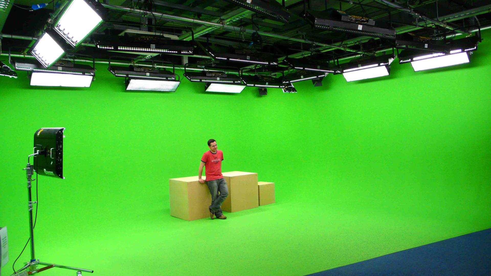 Web Studio 5.jpg