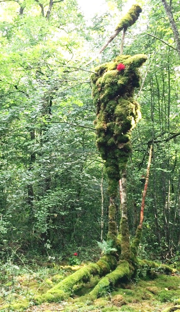 Le Geant Vert 2, Alain Bresson, living sculpture (image courtesy of Michelle Anderson)
