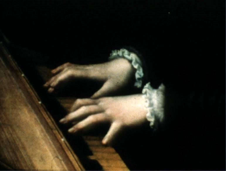 PAINTING-15-19c-ANGUISSOLA-Sofonisba_SelfPortrait_detail_hands-1561.jpg