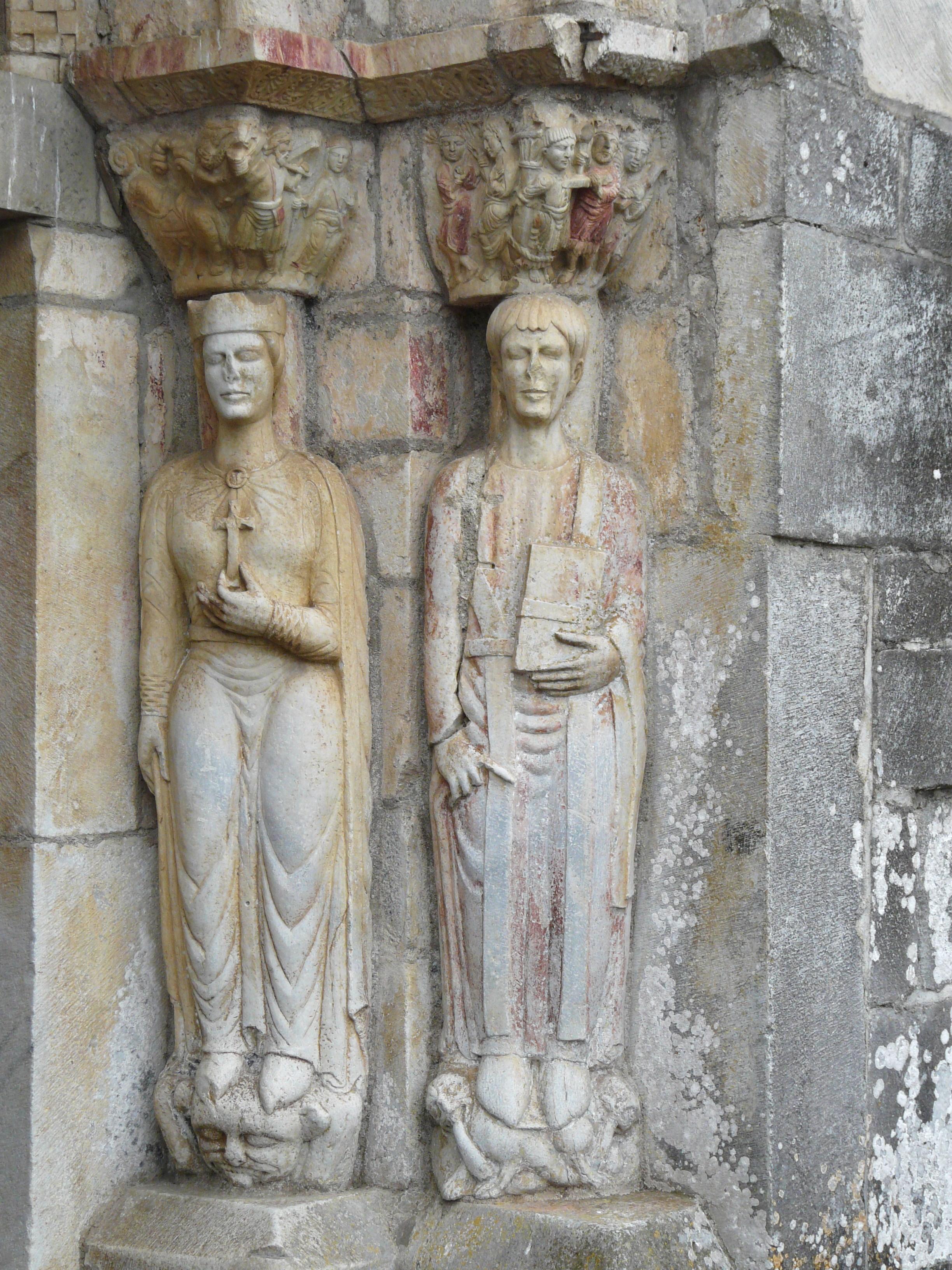 Saint-Just de Valcabrère, entrance, side column