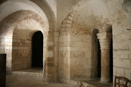 Romanesque crypt, St. Etienne Cathedral, Auxerre