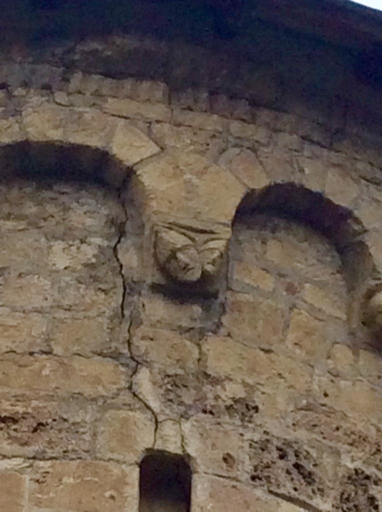 Les Bordes-sur-Lez, Chapel rear detail, Lobardy arches, photo J. Cook