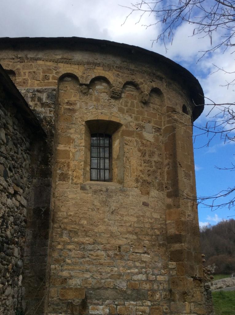 Les Bordes-sur-Lez, rear of chapel, photo j. Cook