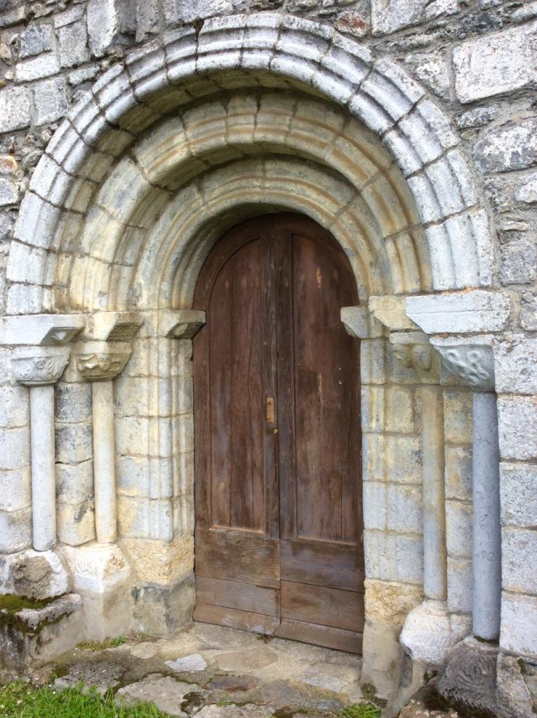 Luzenac-sur-Moulis, ND de l'Assomption portail, photo J. Cook
