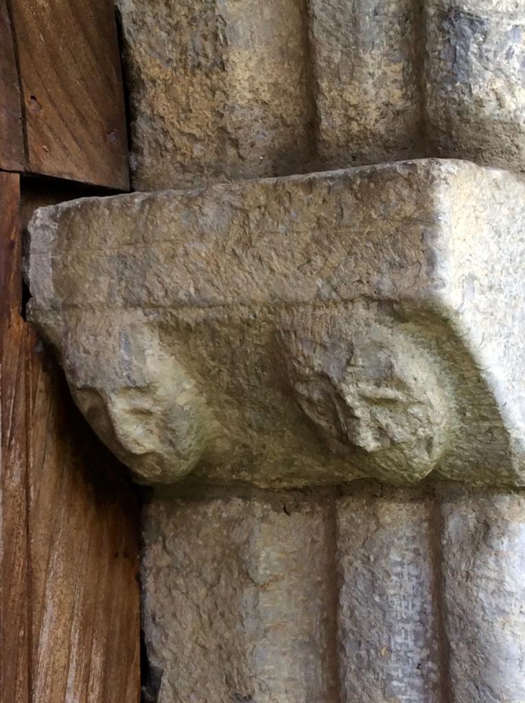 Luzenac-sur-Moulis, Templars' faces, photo J. Cook