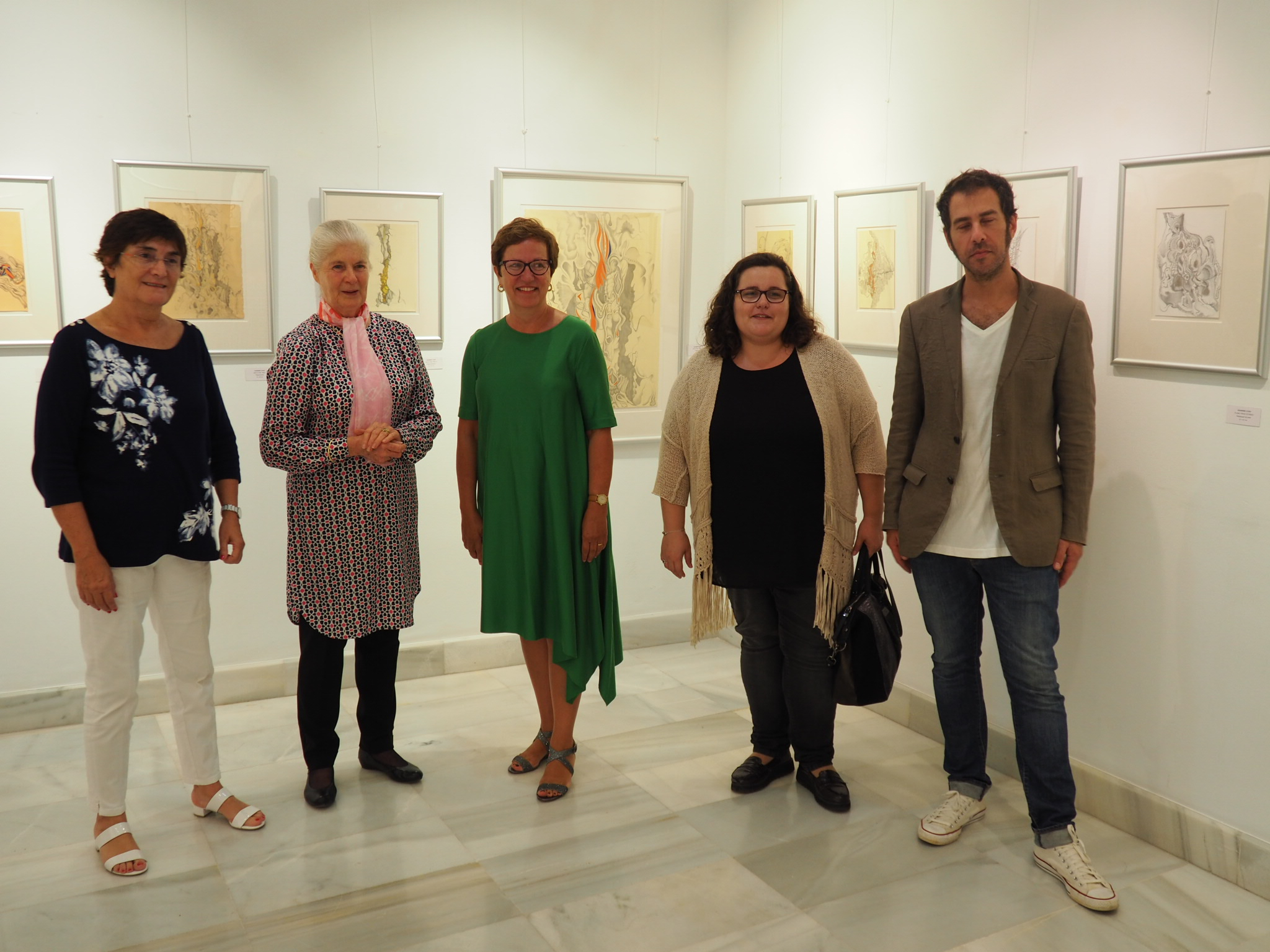 l to r. President and Vice President of the Barceló Foundation, Maria Antonia Barceló and Antonia Barceló (with Jeannine between the ladies), together with the representative of the President of the Balearic Government, the Director General of Relations with Parliament, Beatriz Gamundí, and sculptor Gastón Luciano Bonanno who was showing his work separately.