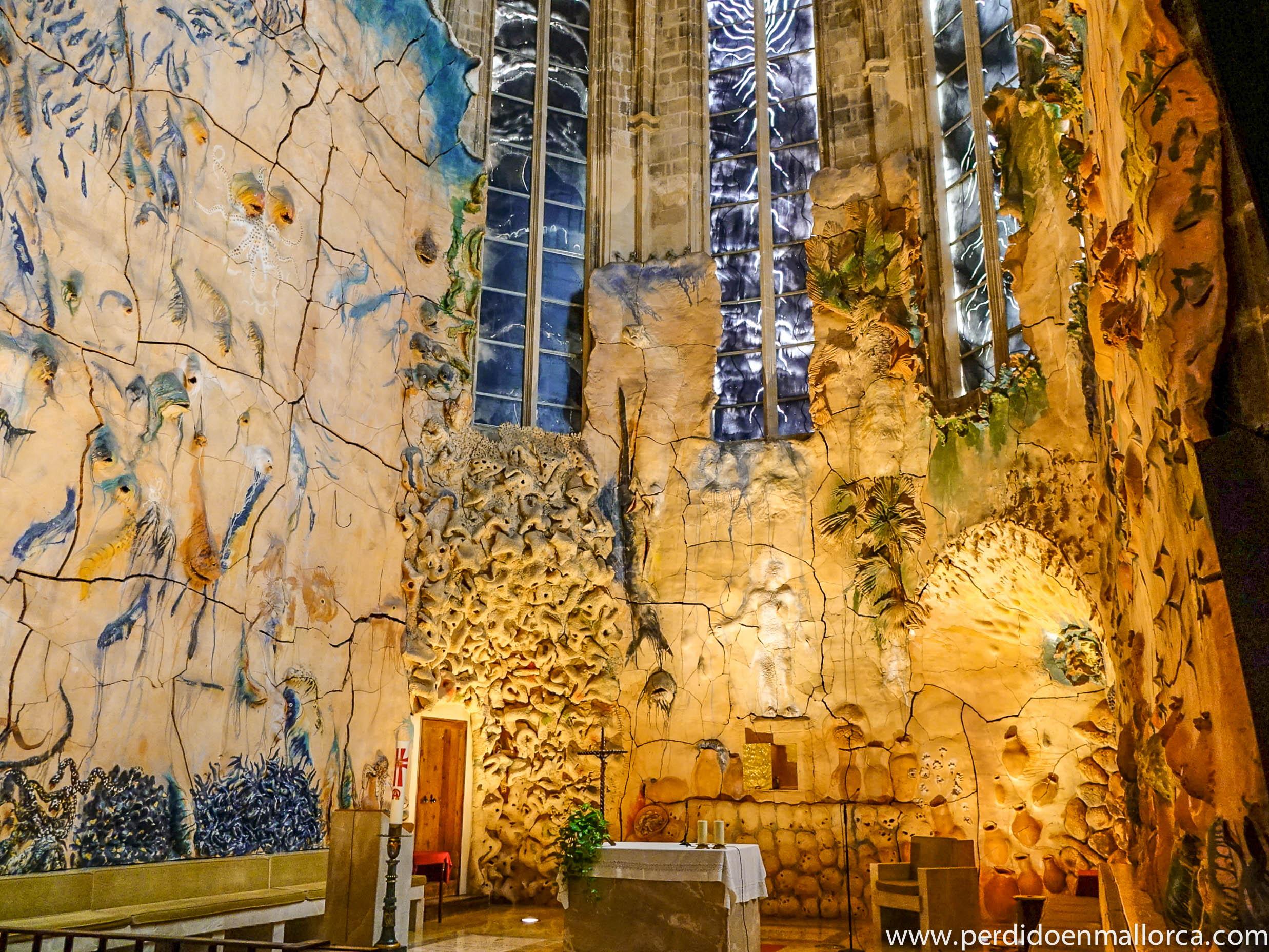 Capilla del Santissimo, Palma Cathedral, Miguel Barcelo artist