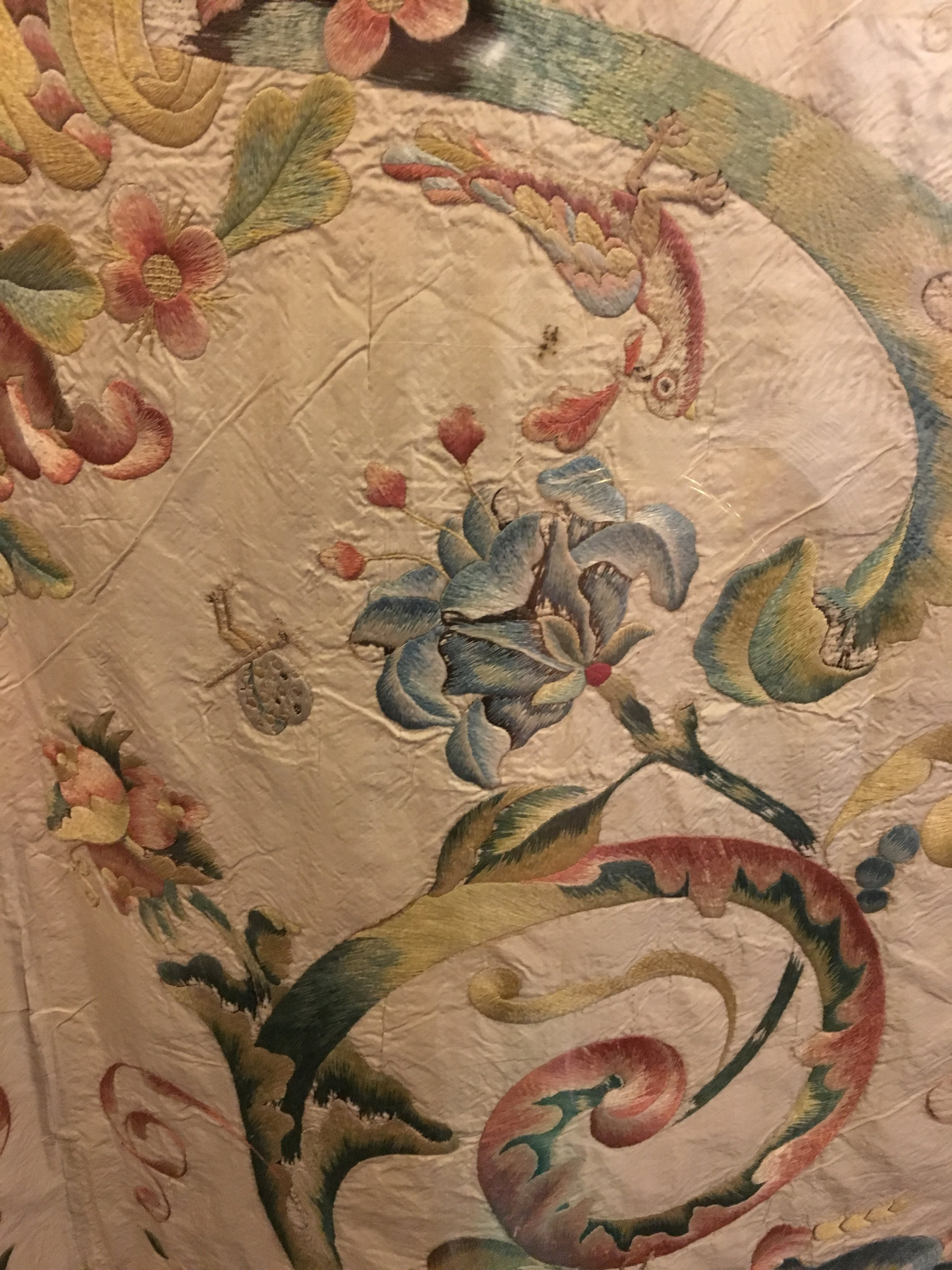 Coverlet (detail), silk, embroidered with silk, Chinese, 1768. In the Museu Nacional de Arte Antiga, Lisboa. (Photograph J. Cook)