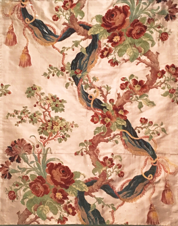Silk, after Phillippe Lasalle, Lyon, ca. 1760-65. In the Museu Calouste Gulbenkian, Lisboa. (Photograph J. Cook)