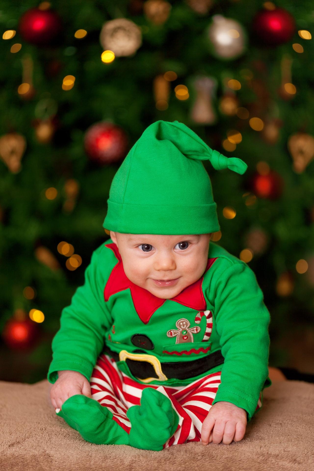 baby-boy-child-christmas-41173.jpg