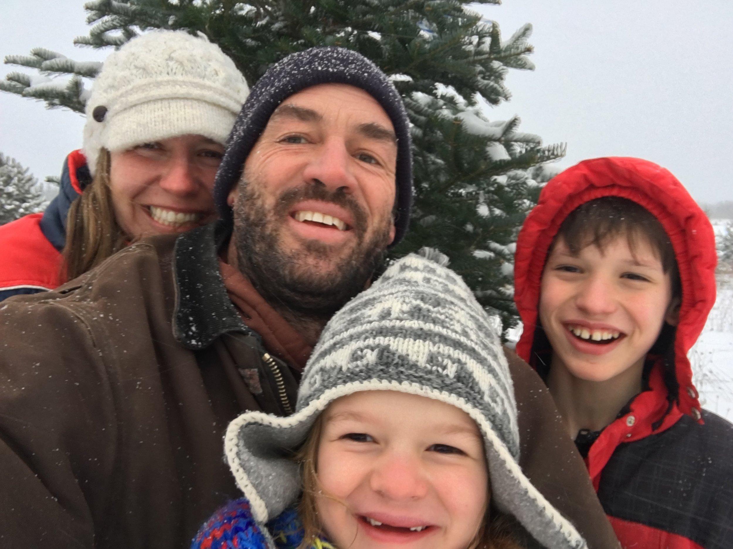 Family_selfie_Christmas2016
