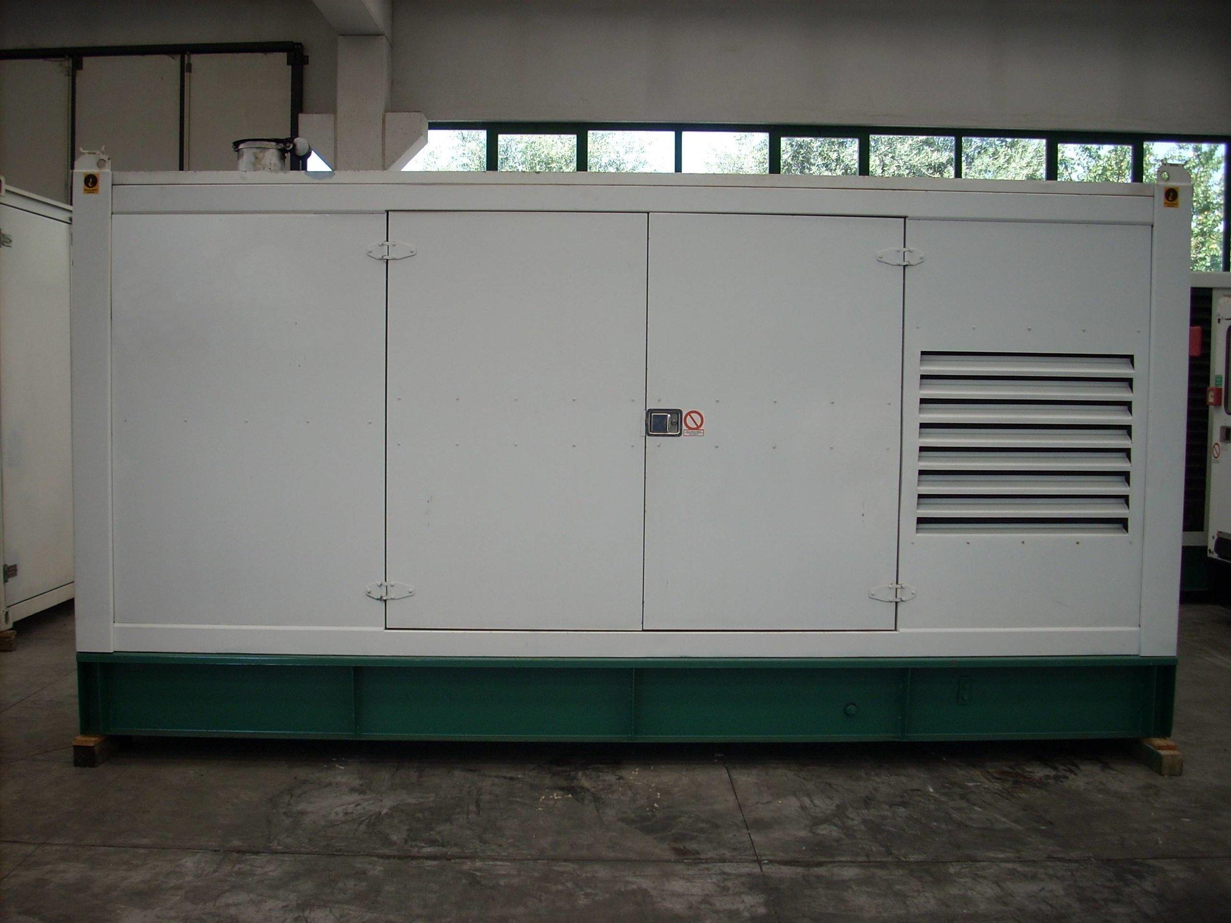 2P1300.jpg