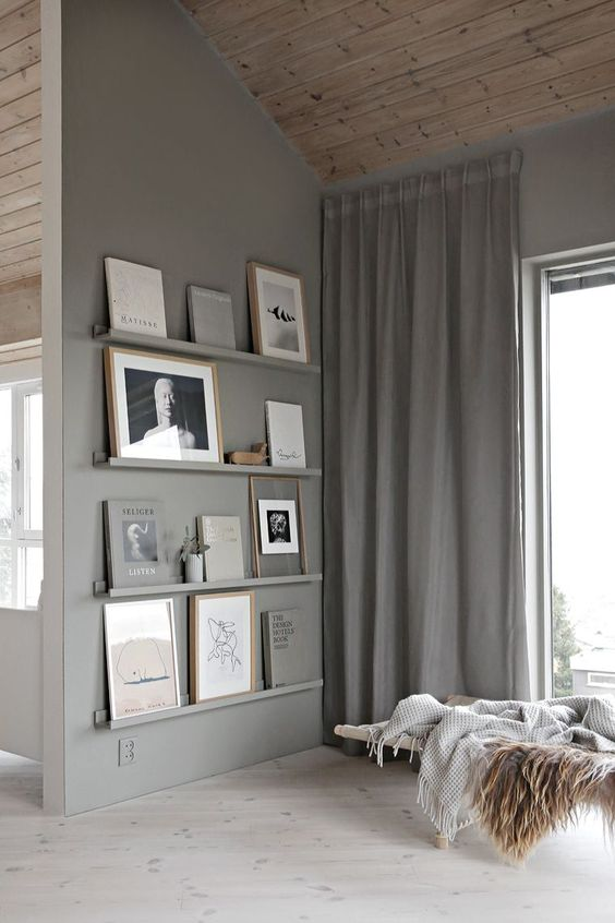 Mosslanda picture ledge looking super chic painted to match the wall - Image via Stylizimo