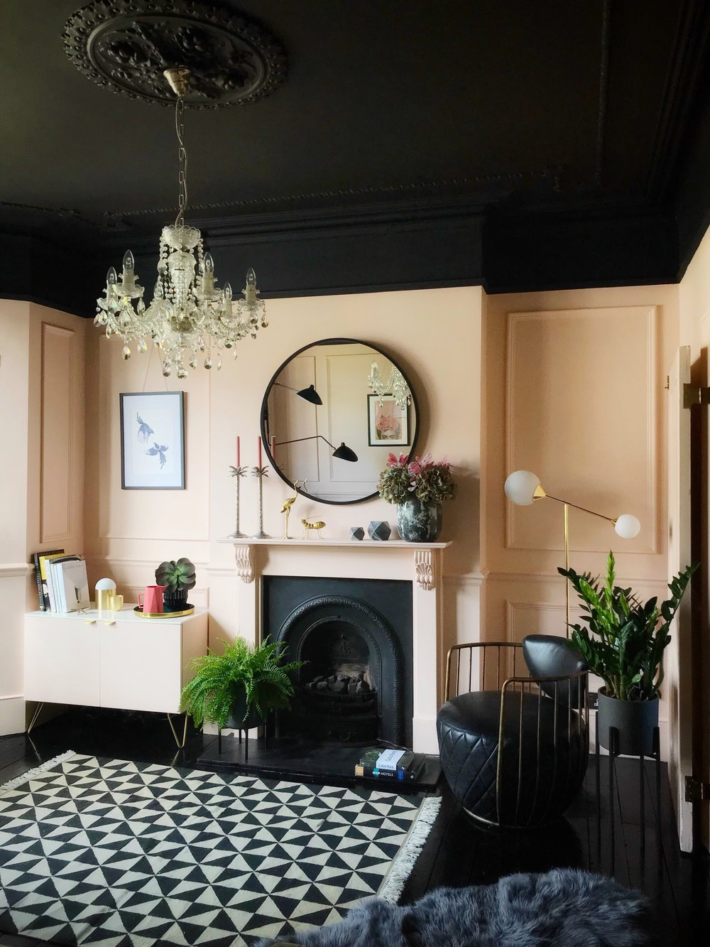 House Envy Peachy Keen At The Then They Went Wild House Gold Is A Neutral