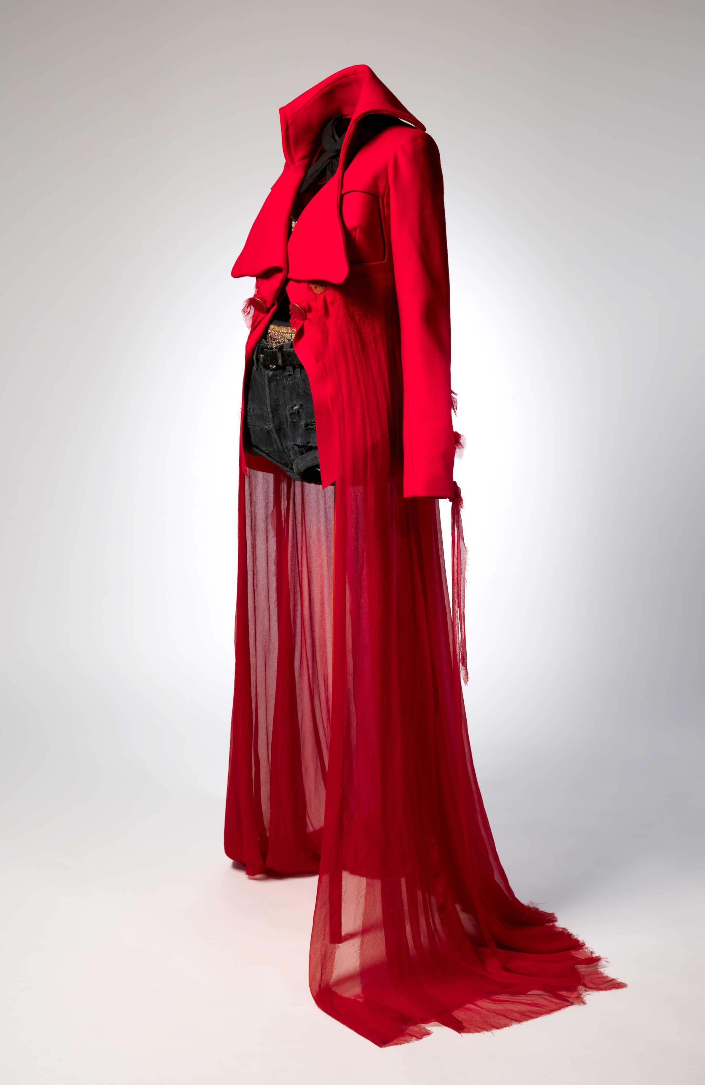 Masterworks: Unpacking Fashion fashion feat. John Galliano for Maison Margiela