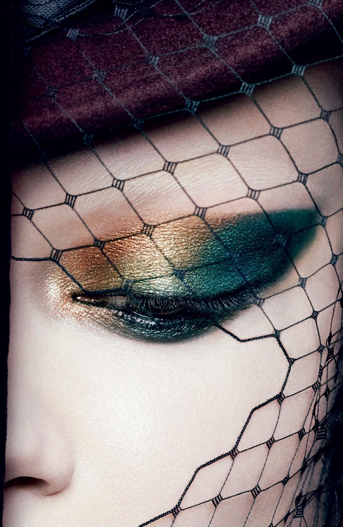spellbinder_beauty_cmyk_300