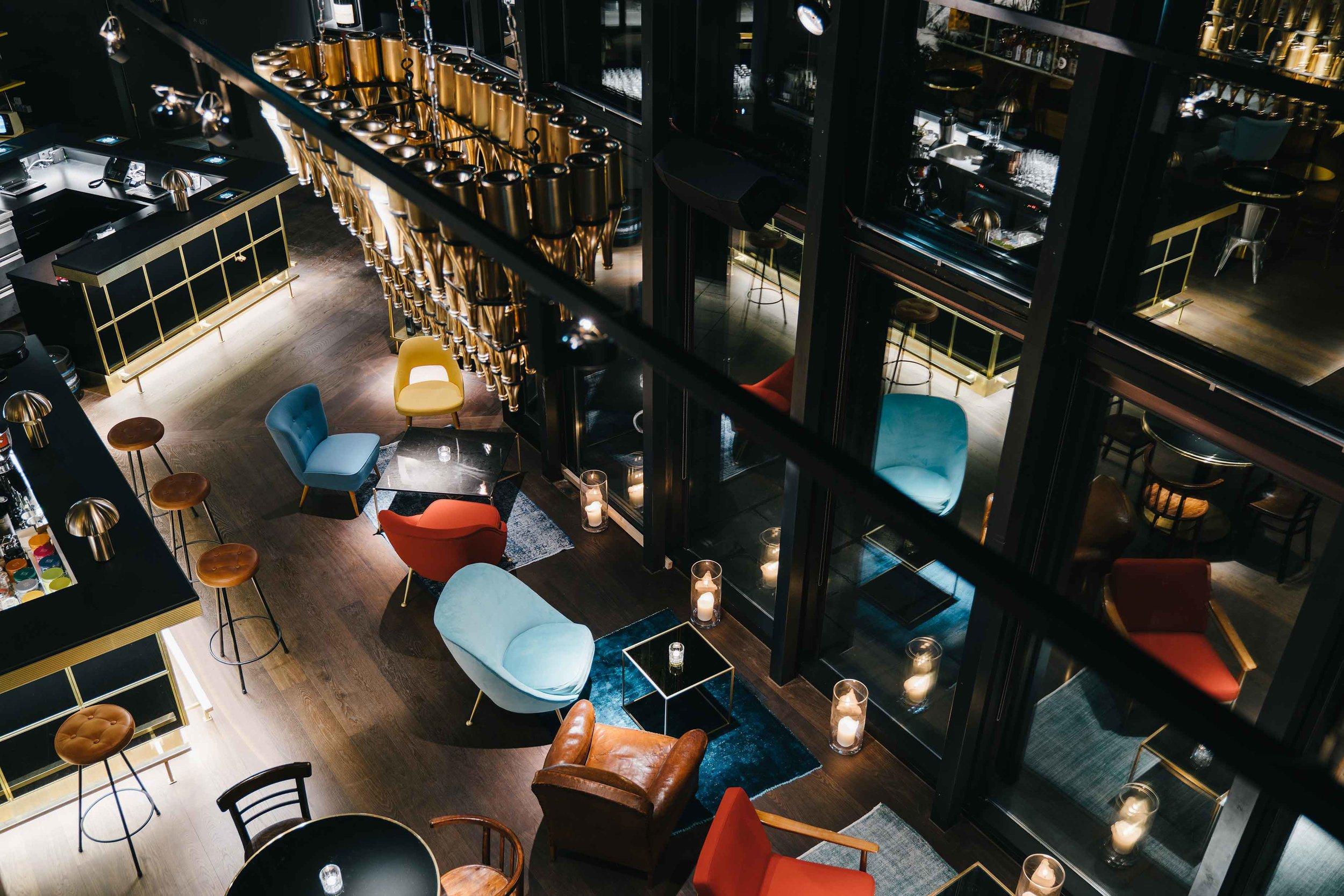 Ruby Lilly Hotel & Bar