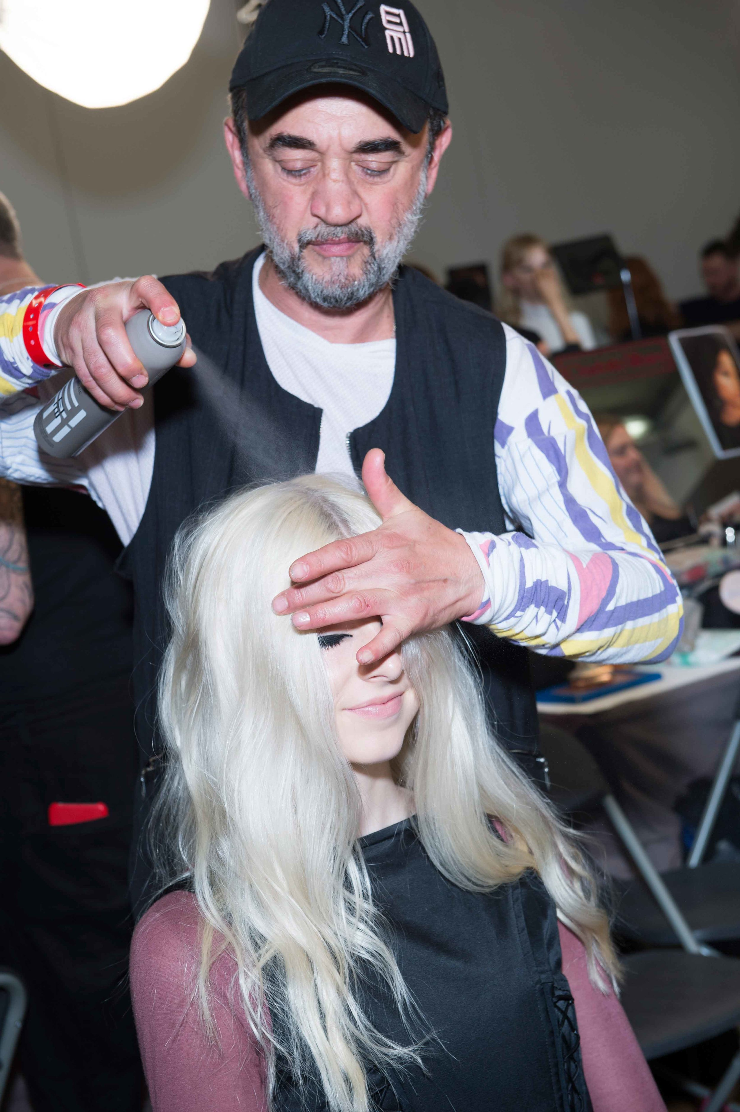 IL MAESTRO - When fashion week is close Eugene is definitely also part of the circus. As WELLA PROFESSIONALS Global Director and GHD Ambassador, the well-known hair stylist is one of those who make trends. Knowing that, each season we wait for his upcoming work and can't wait to catch some inspiring moments backstage with him.