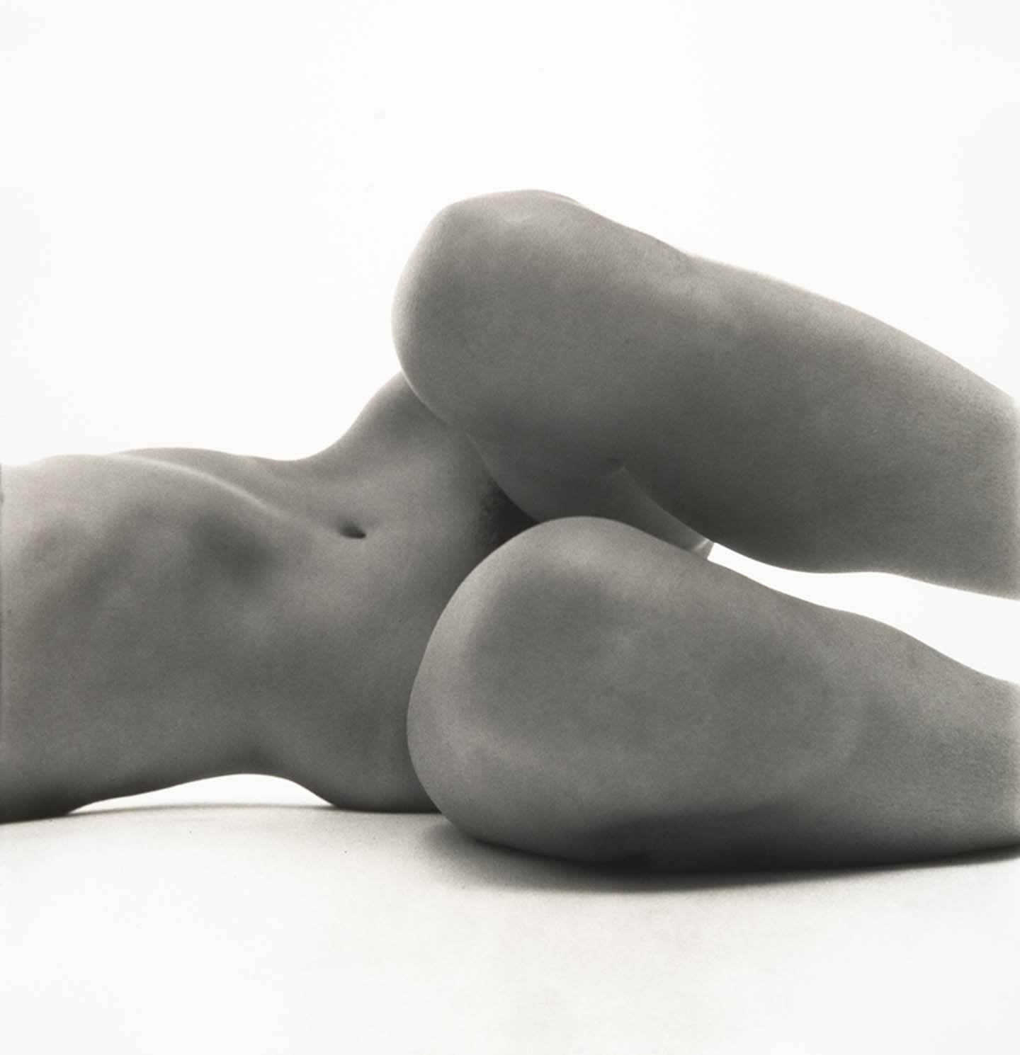 Nude No. 58, New York, 1949-50 © The Irving Penn Foundation
