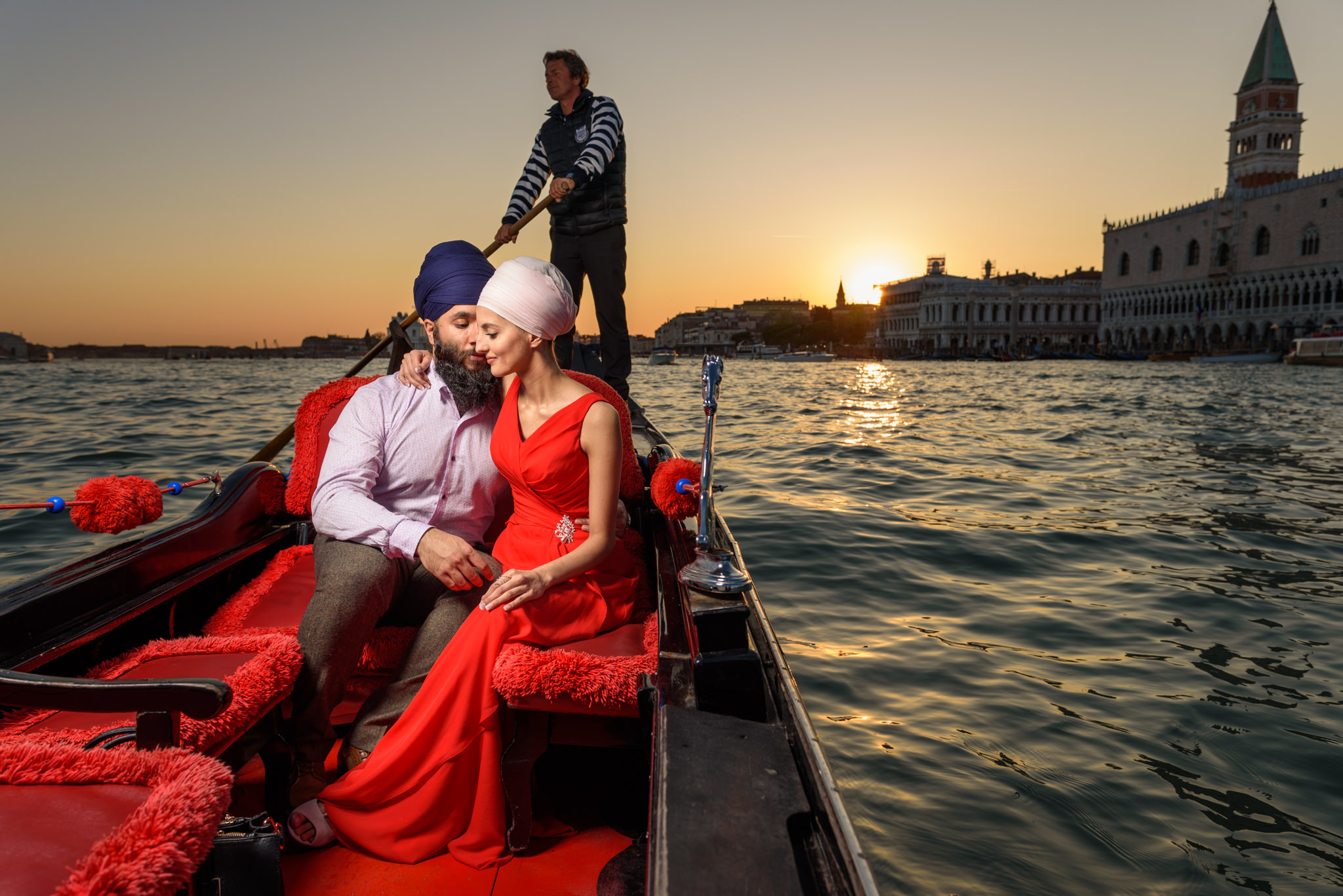 destination pre wedding shoot italy sikh wedding photography-13.jpg