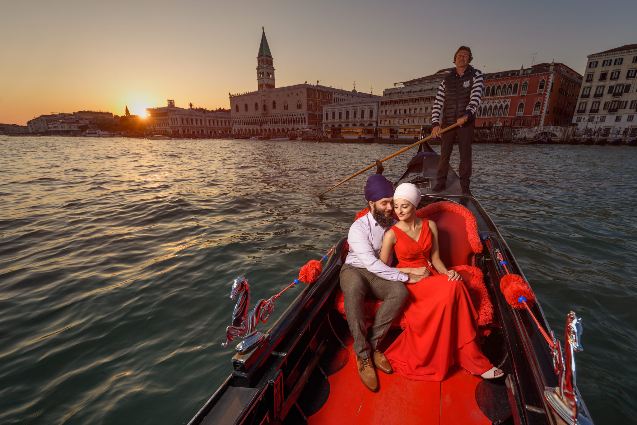 destination pre wedding shoot italy sikh wedding photography-14.jpg