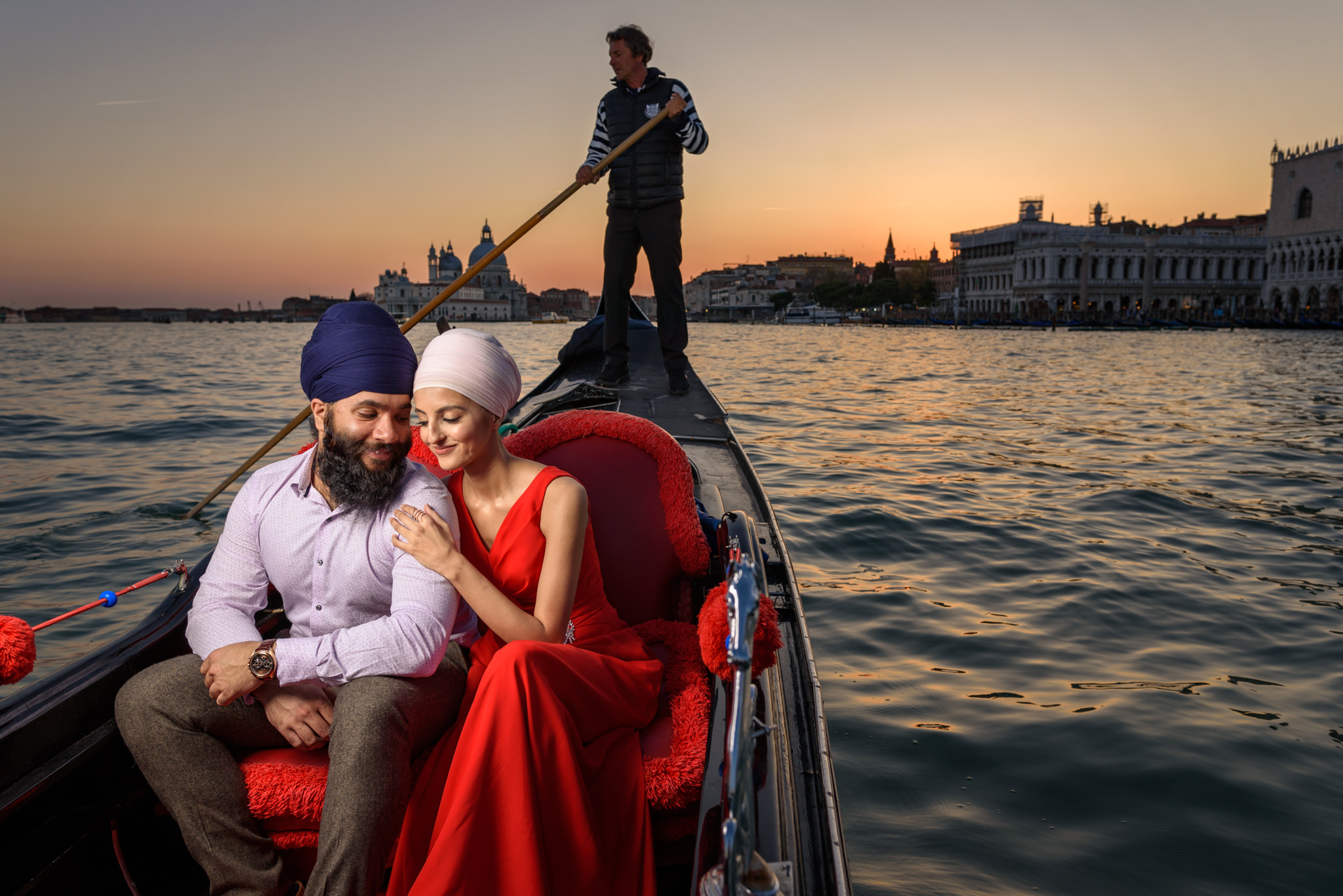 destination pre wedding shoot italy sikh wedding photography-15.jpg
