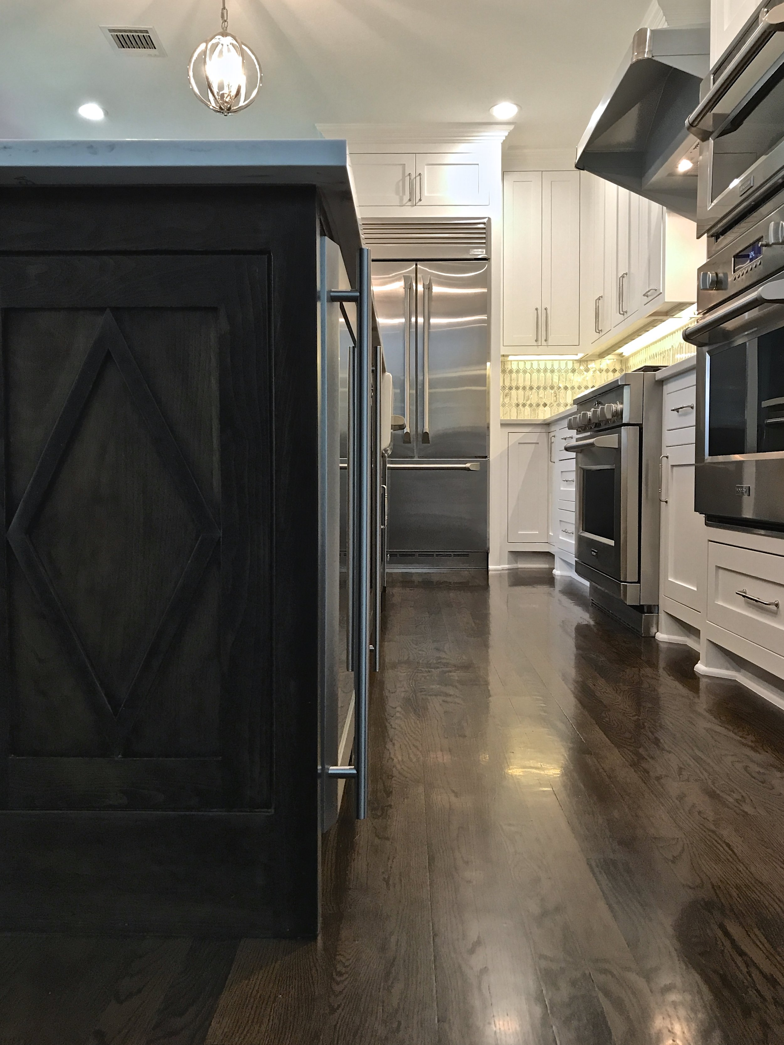 Stainless steel KitchenAid appliances, LED lighting, and under cabinet outlet strips- this is what I mean when I say historical, but with modern amenitities.