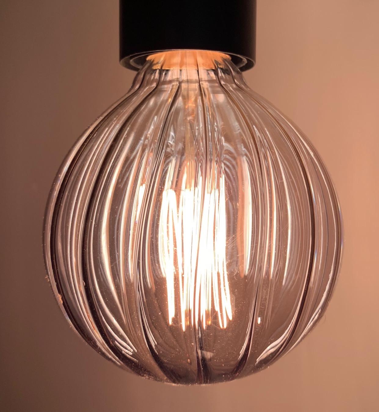 bulb grey groove.jpg