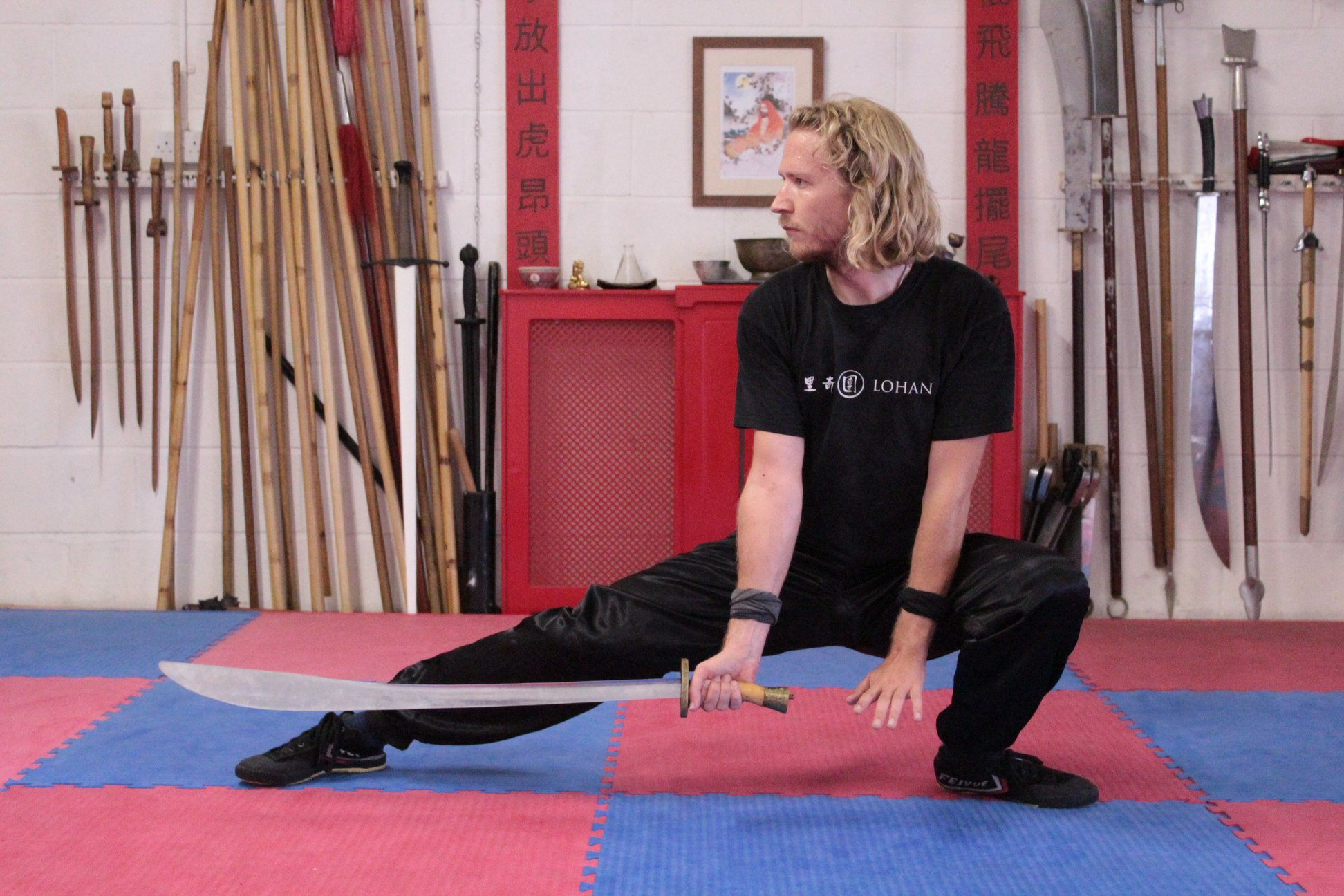 Patrick Dickinson sword Norwich kung fu.jpg
