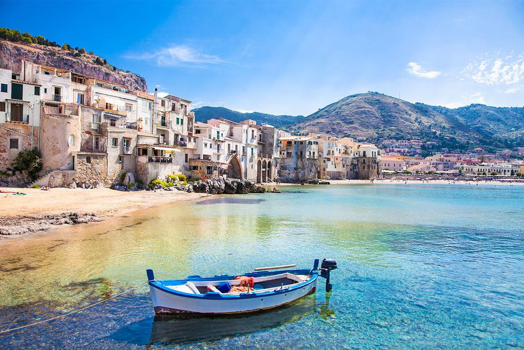 Sicily painting holiday