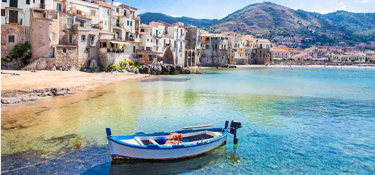 Art holiday in Sicily