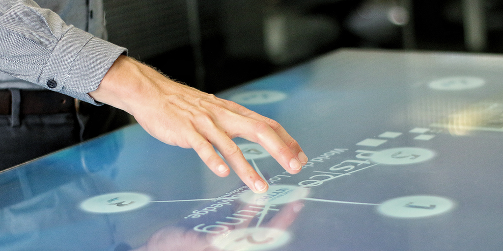 bisnow-interactive-table