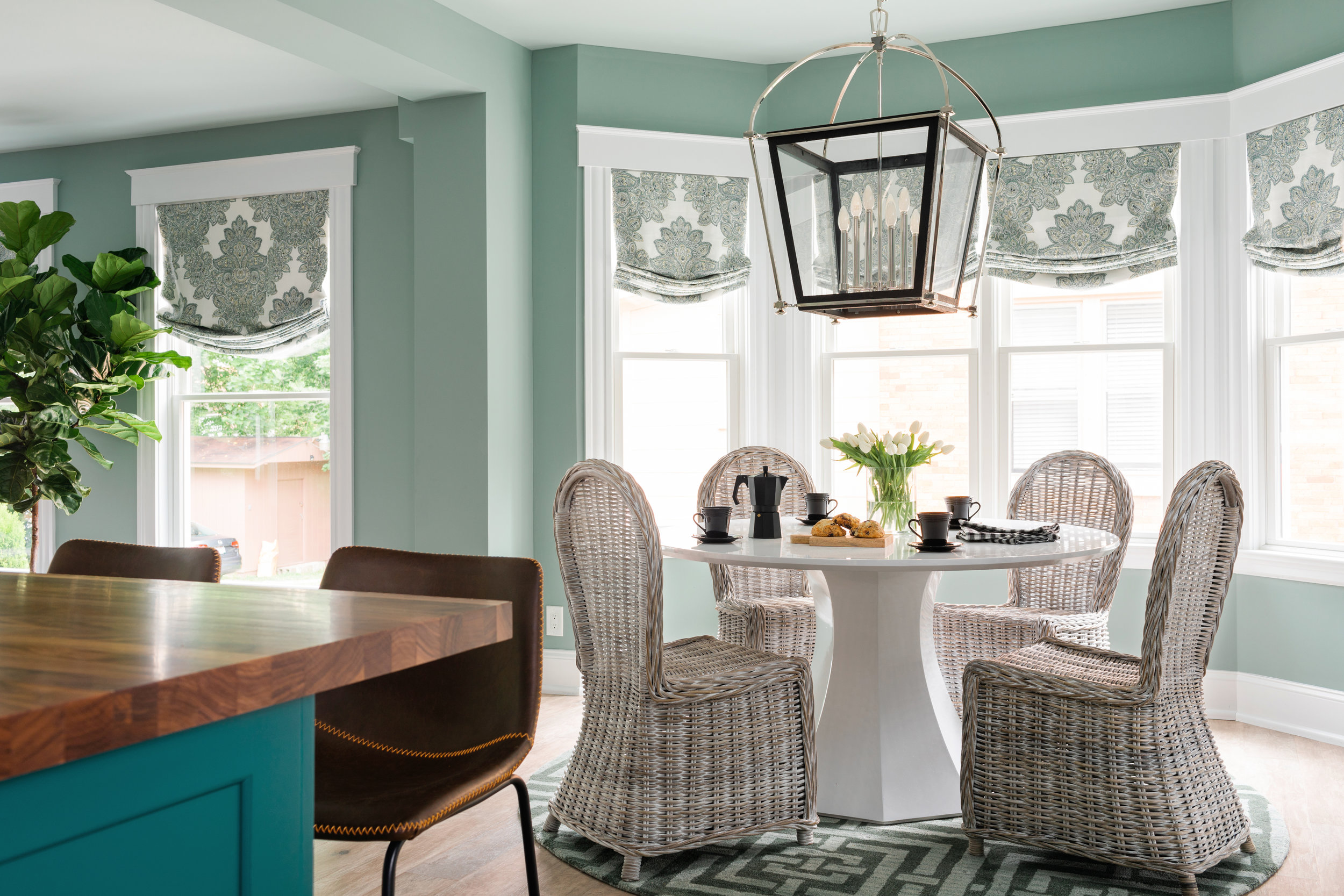 uo2018_dining-room-11-wide-from-kitchen-KB2A0117_h.jpg