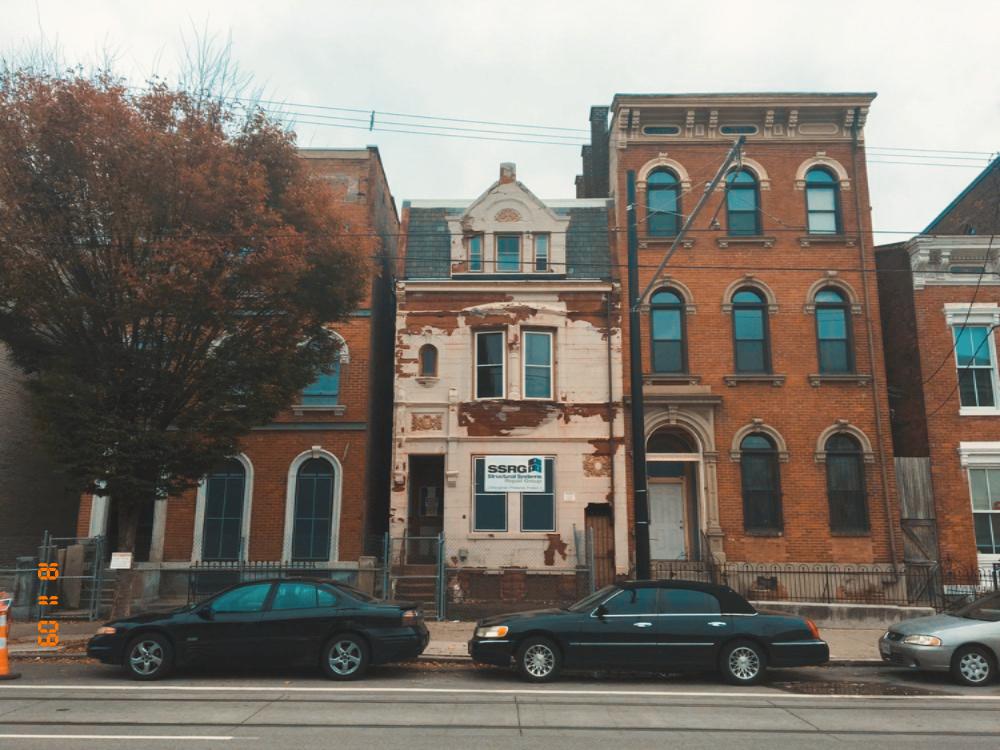LEED: ELM ST. Historic Restoration
