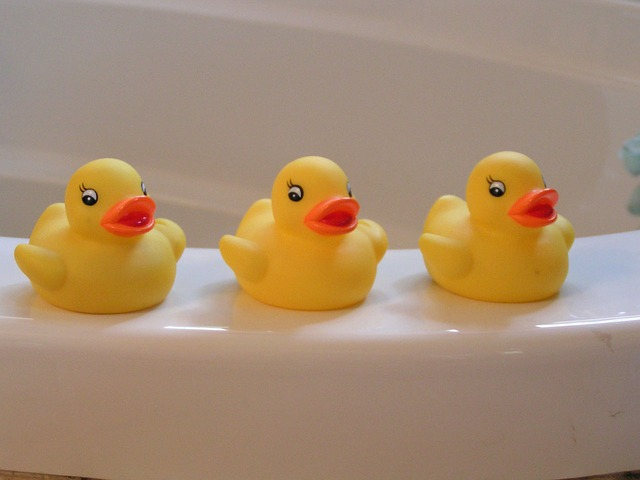 rubber-duckies-14614_640.jpg